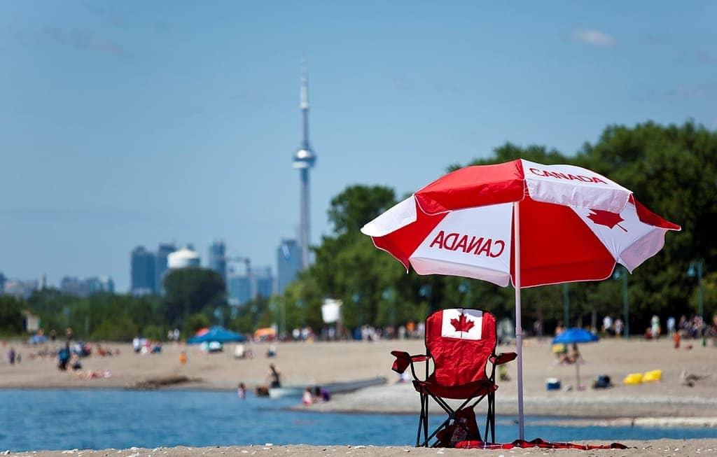 Toronto move to canada
